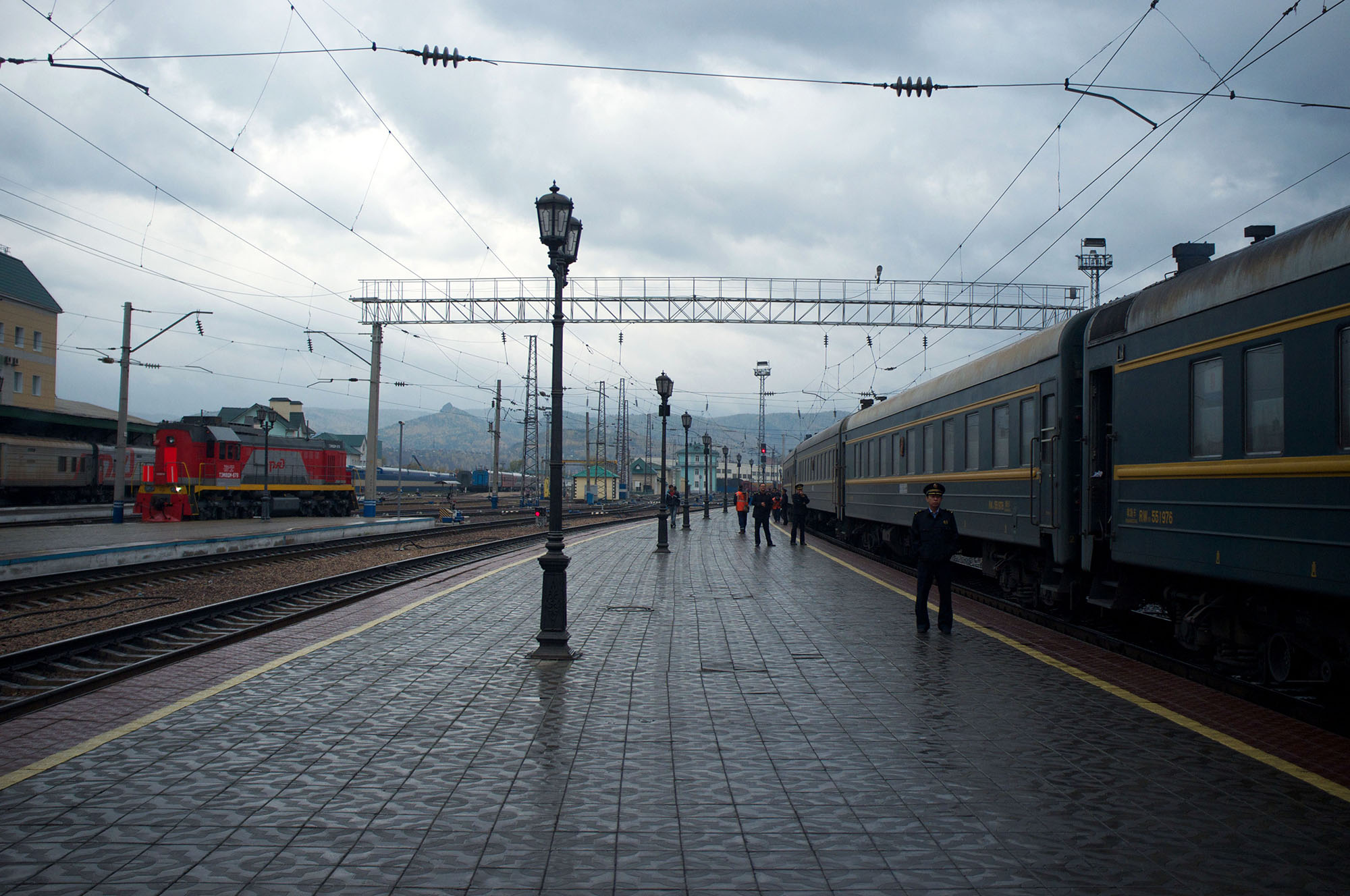 Krasnoyarsk station starting to show curvy landscape.
