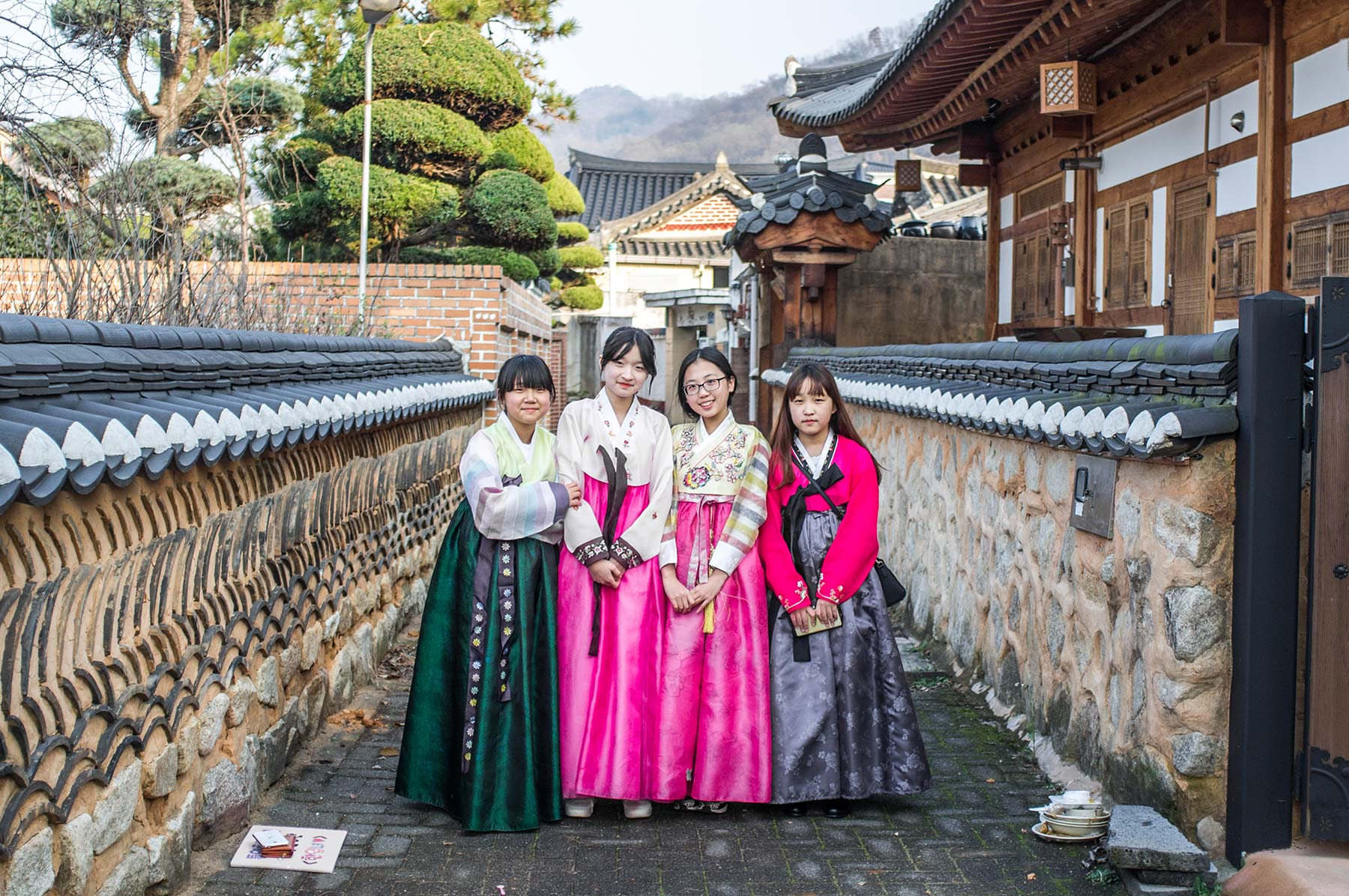 Girls in traditional hanbok dress.